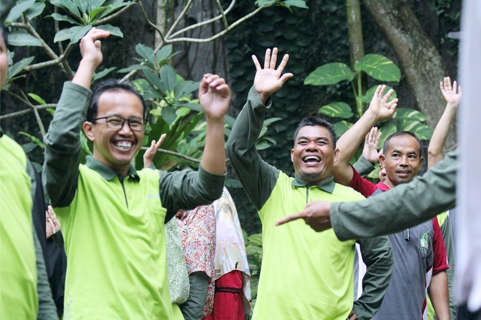 Bangun Kekompakan Team, SD IT YABIS Ikuti Outbound Bersama